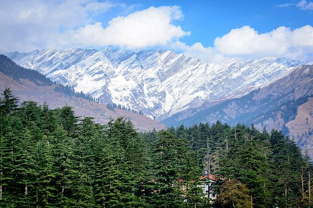When to visit Manali?